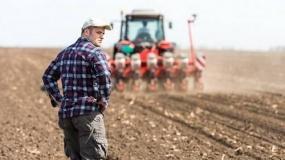 Premia dla młodego rolnika, a wniosek o płatności obszarowe. Czy Agencja podważy fakt posiadania gruntu w dniu złożenia wniosku?